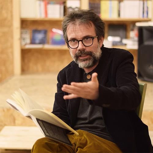 Guido Catalano. Foto di Lucia Liberti per Libreria Teatro Tlon